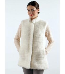 0227 Жилет из вязаной норки белый.
