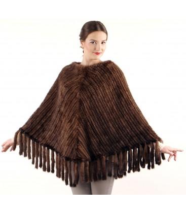 Пончо из вязаной норки продольное махагон.
