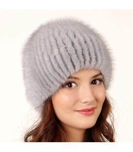 1021 Меховая шапка на вязаной основе из норки.