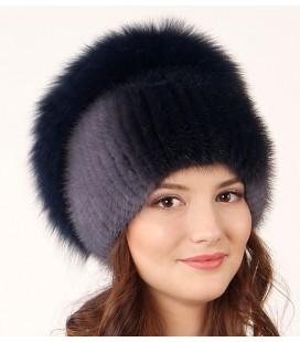 1024 Меховая шапка на вязаной основе.