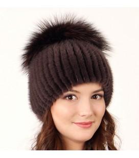 1030 Меховая шапка на вязаной основе из норки.