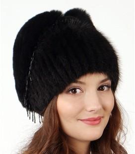 1206 Меховая шапка на вязаной основе.