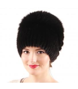 1210 Меховая шапка на вязаной основе.
