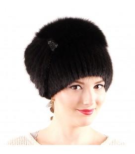 1219 Меховая шапка на вязаной основе.