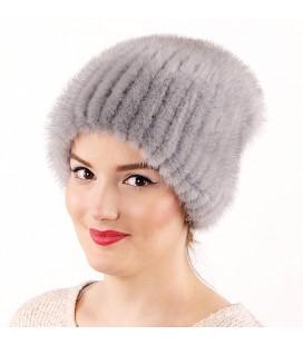 1040 Меховая шапка из норки на вязаной основе из норки.