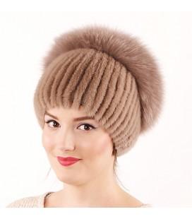 1042 Меховая шапка из норки на вязаной основе из норки.