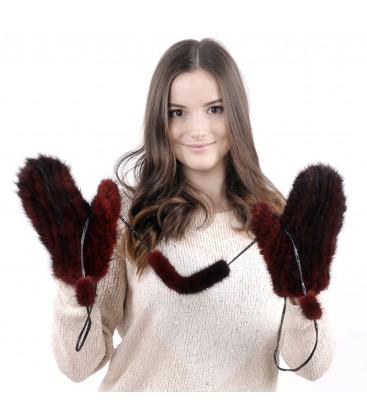 Варежки из вязаной норки бордовые