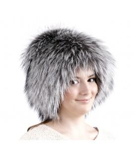 0737 Меховая шапка на вязаной основе.