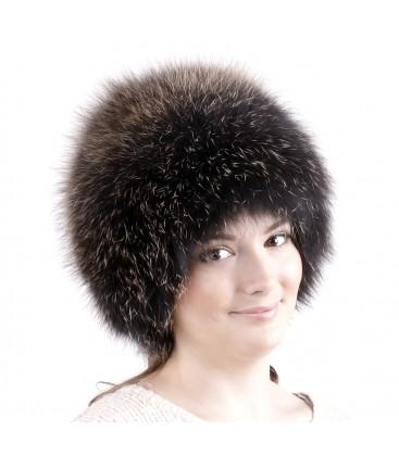 0738 Меховая шапка на вязаной основе.