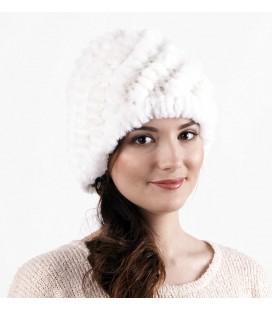 Женская меховая шапка из вязаного кролика
