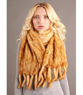 2141 Шарф из вязаной норки светло-золотистый.