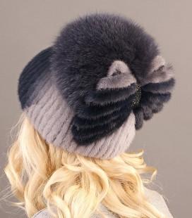 Меховая шапка на вязаной основе
