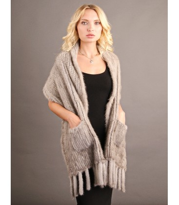 Палантин из вязаной норки 40 см светло-серый.